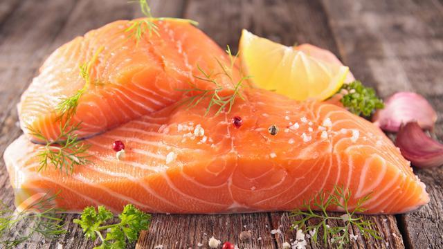 Khasiat Ikan Salmon Untuk Kesehatan Kulit