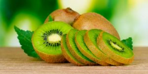 sering-insomnia-makan-dua-buah-kiwi-sebelum-tidur
