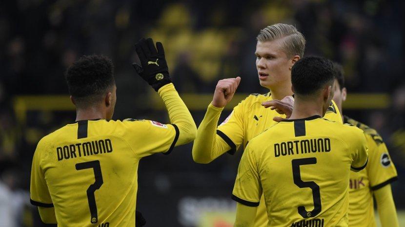 Inisiatif Borussia Dortmund Untuk Pangkas Gaji Pemain Karena Virus Corona