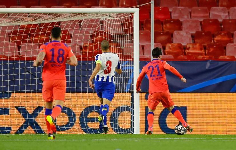 Chelsea Mengambil Palu Melawan Porto